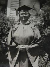 grandmas-graduation