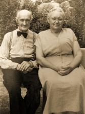 grandpa-and-grandma-sepia1