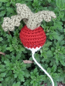crocheted-radish